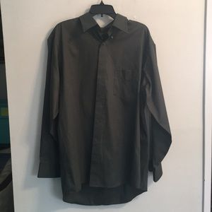 Arrow,s Men's XL shirt